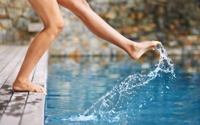 Was Sie auf natürliche Weise gegen Wassereinlagerungen tun können