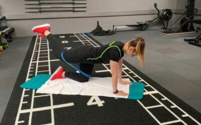 Beine Po Workout mit Widerstandsbändern